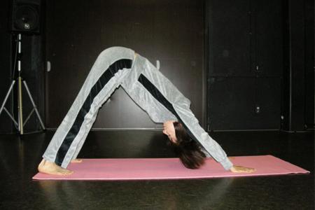 呼吸を整えてチベット体操