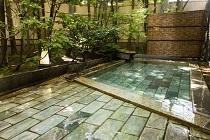 スパディレクターが推奨する、効果的な温泉の入り方