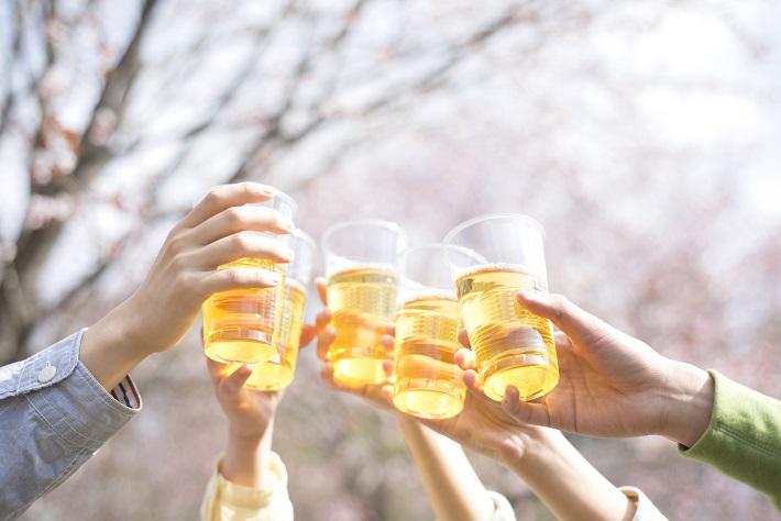 『その頭痛の原因は悪酔い?』お酒で悪酔いしないための対策...
