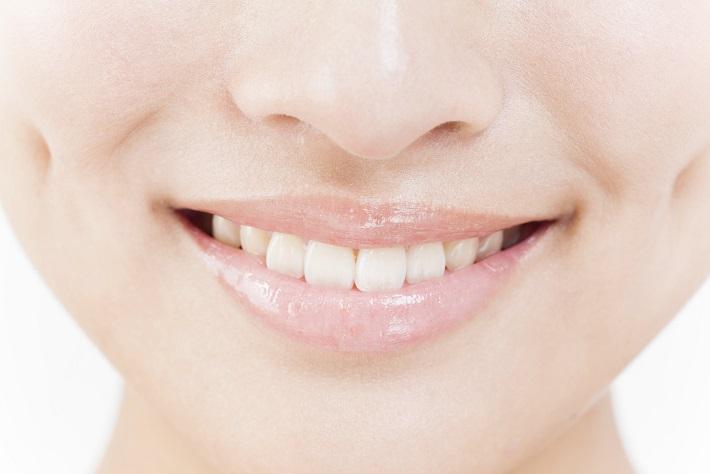 """初対面で大事な""""白い歯""""を作る『ホワイトニング』の意外と..."""