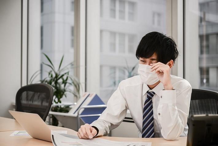 花粉症は年齢が高くなるほど症状が軽くなる!? 今取るべき...