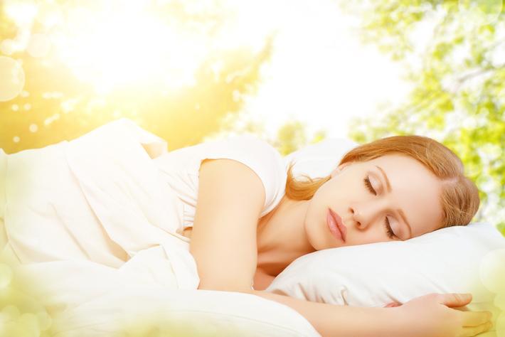 緊張して眠れない! から脱する、今日からできる快適睡眠術
