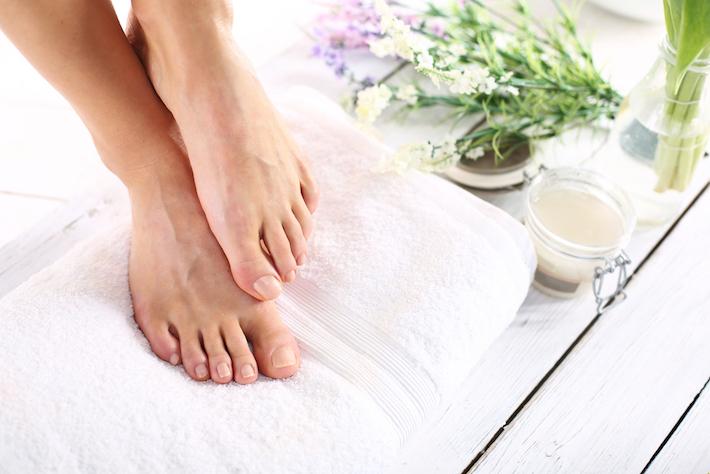 足から菌を取り除く方法