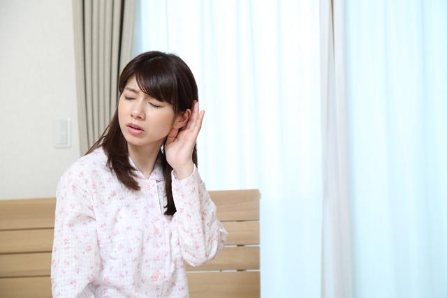 大人でも中耳炎になる? 大人の中耳炎の気になる症状や原因は?