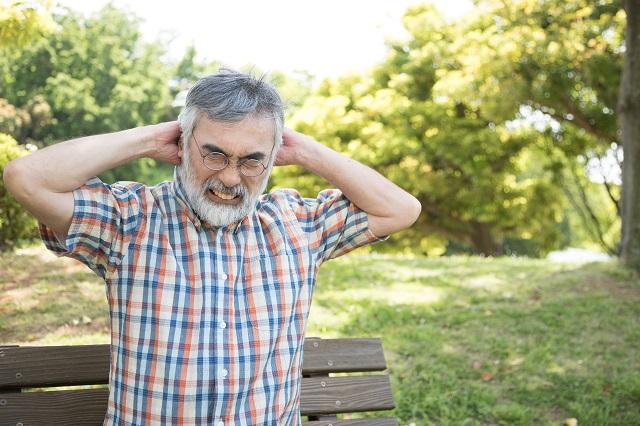 男性にも存在する更年期障害